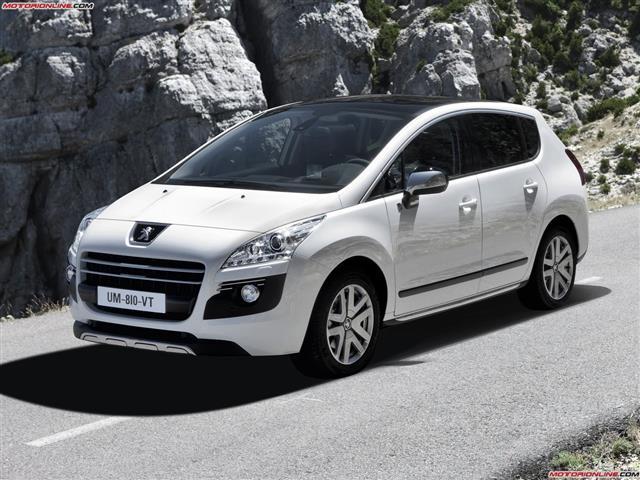 Peugeot 3008: spaziosa auto da famiglia