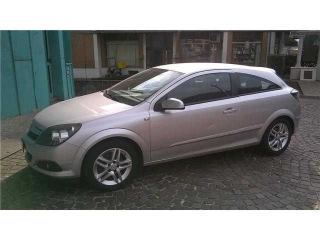 OPEL Astra TwinTop 1.6 16V Twinport Cosmo GTC