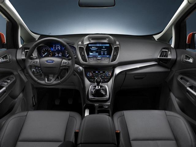 Ford C-MAX 2015: rinnovamento e novità a bordo