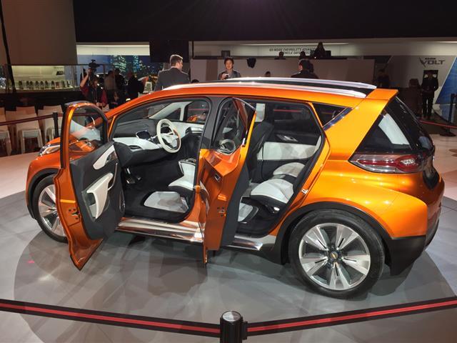 Chevrolet Bolt EV: l'elettrica di casa Chevy