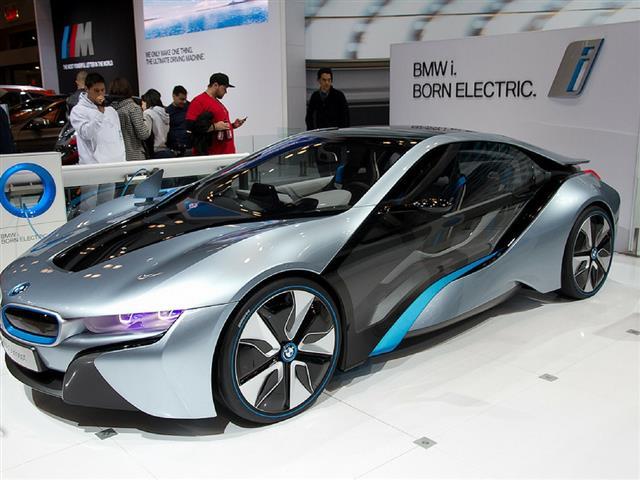 NUOVA BMW SPYDER I8: TUTTE LE ULTIME NOVITA'