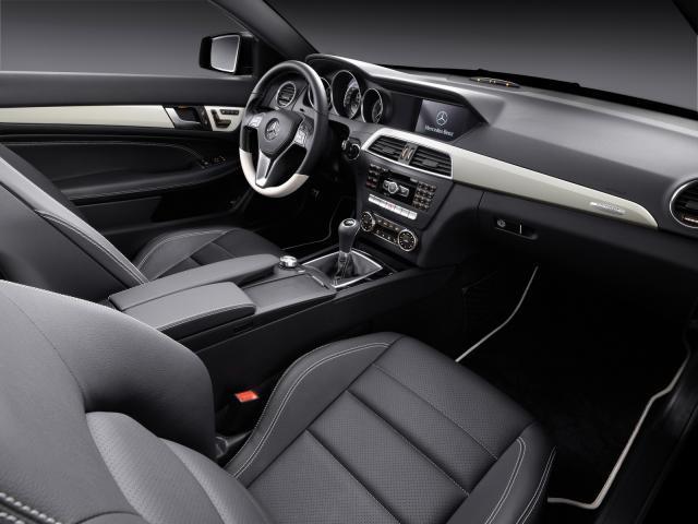 Mercedes Classe C: berlina, coupé, station wagon