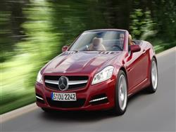 Mercedes Classe SLK: leggera e compatta